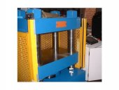 Hydraulic Press with Safety Light Curtains